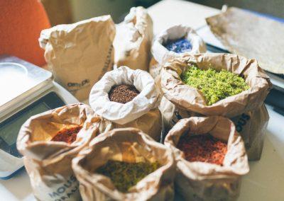 Organoid raw materials in paper bags